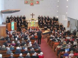 IMG_6986-Chor-und-Orchester-gestalten-den-Gottesdienst